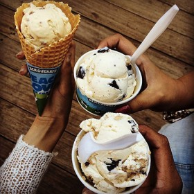 cone cup glace ben & jerry