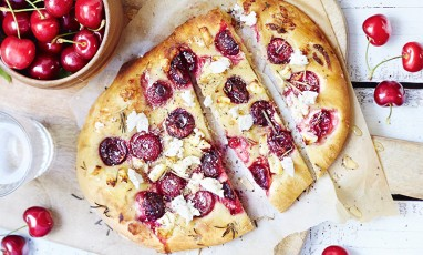Foccacia with cherries and fresh cheese