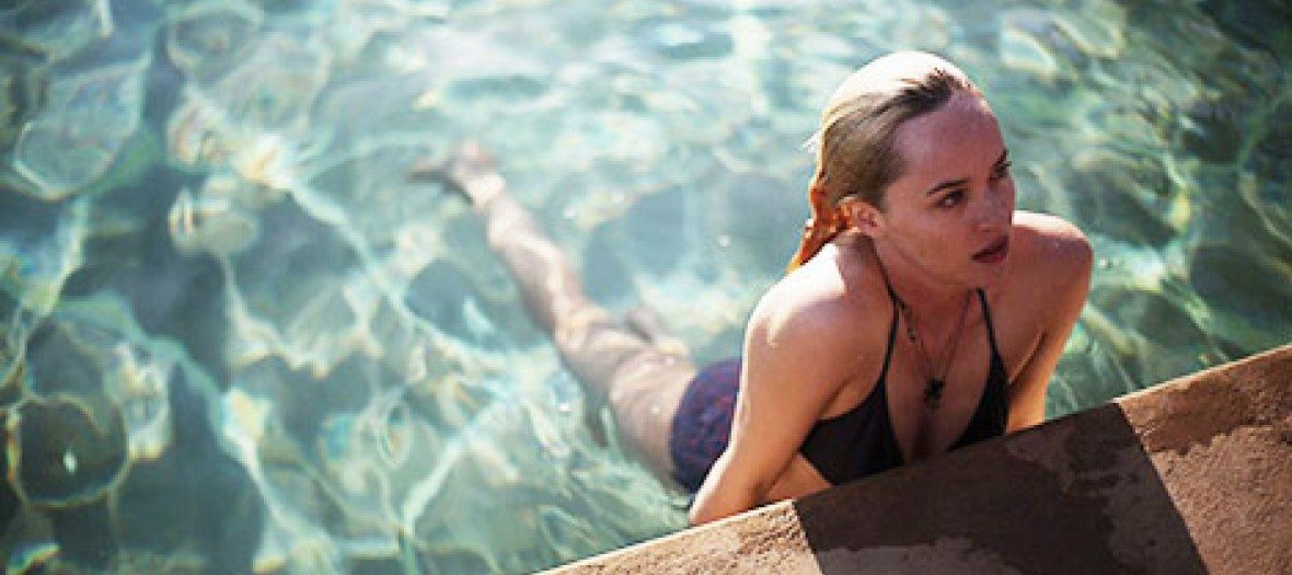 A bigger splash le remake de la piscine cr ve l cran for La piscine movie