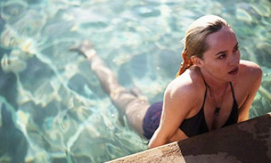 L'actrice Dakota Johnson dans le film a Bigger Splash