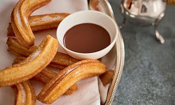 Les churros sauce chocolat de Jean-François Piège