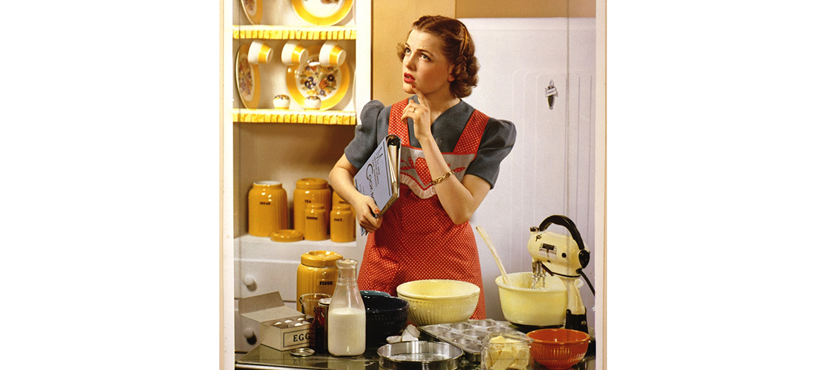 femme cuisine annees 50