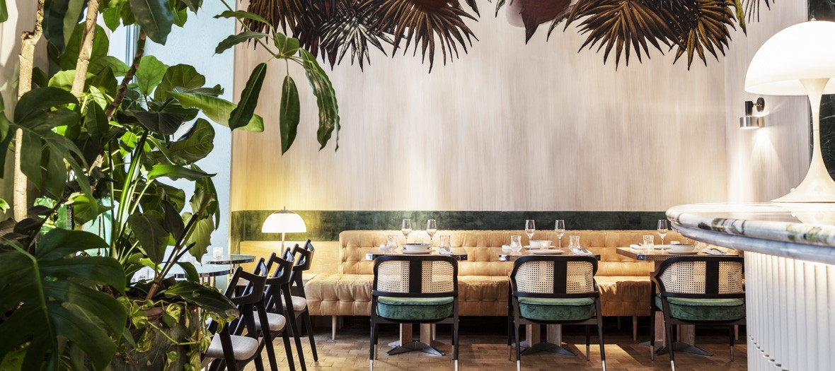 The most trendy sports club in Paris deserved a dining room in ...