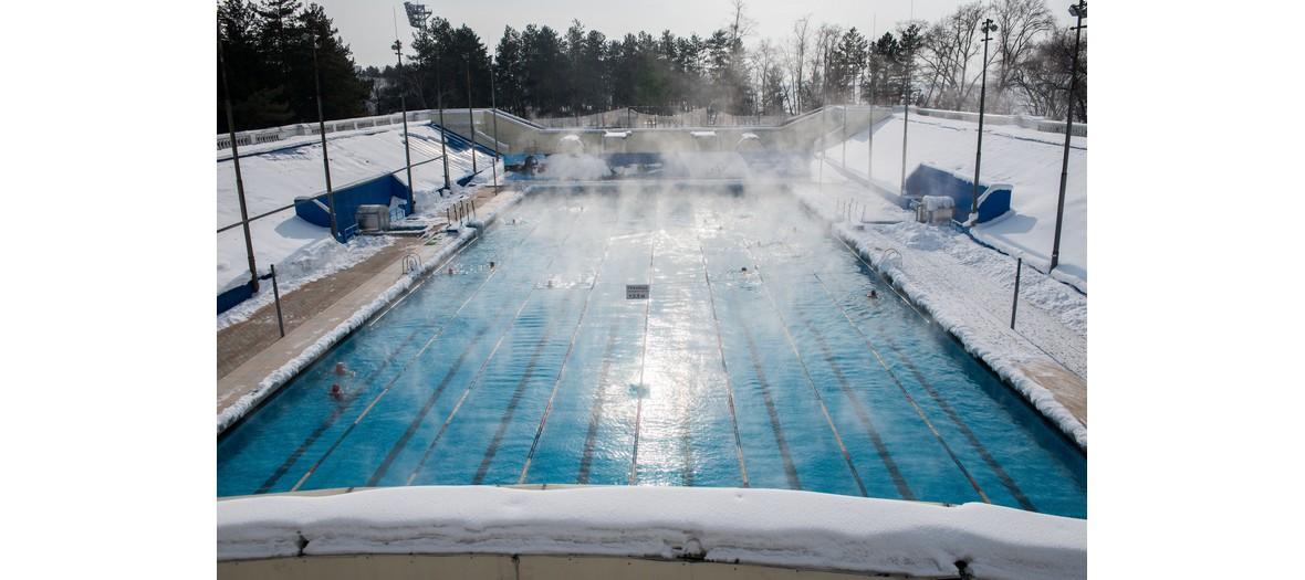 Le premier bain nordique de paris d barque la piscine de for Piscine butte aux cailles