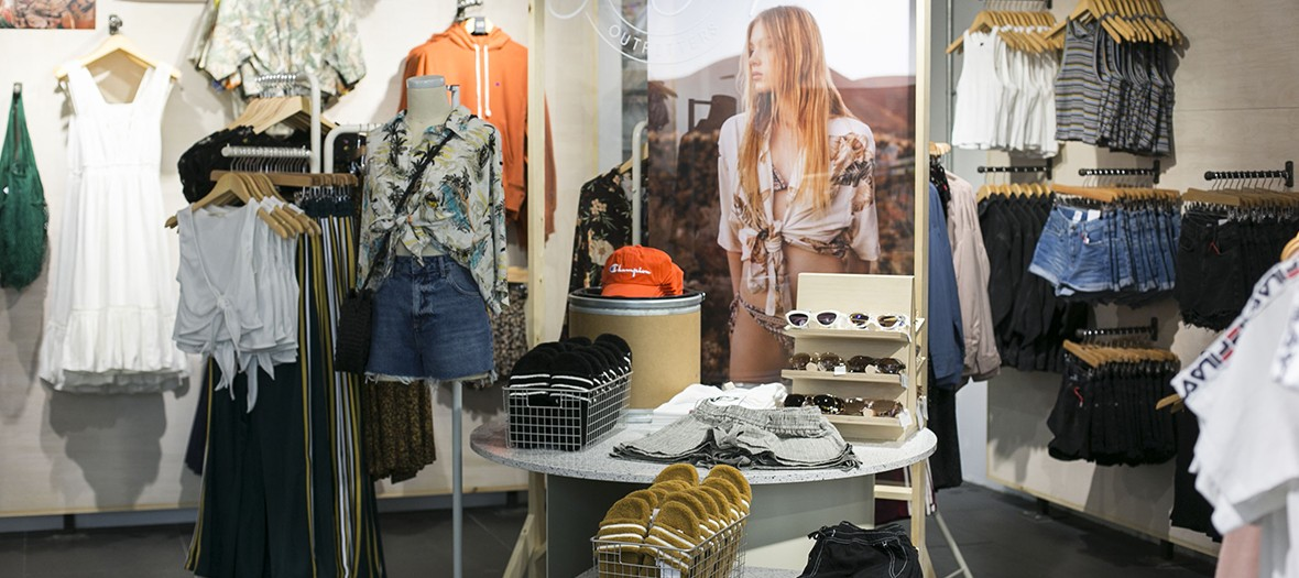 48ba3561e3b Urban Outfitters opens its first boutique in Paris on rue de Rivoli