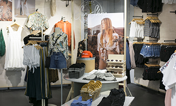 Urban Outfitters lands in Paris