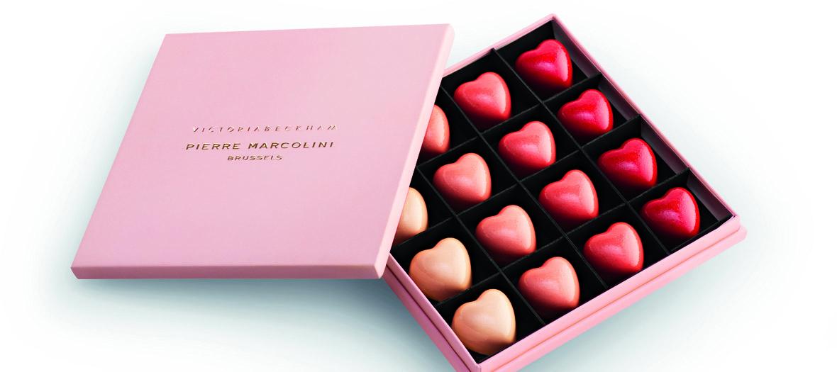 Coffret de 16 cœurs en chocolat