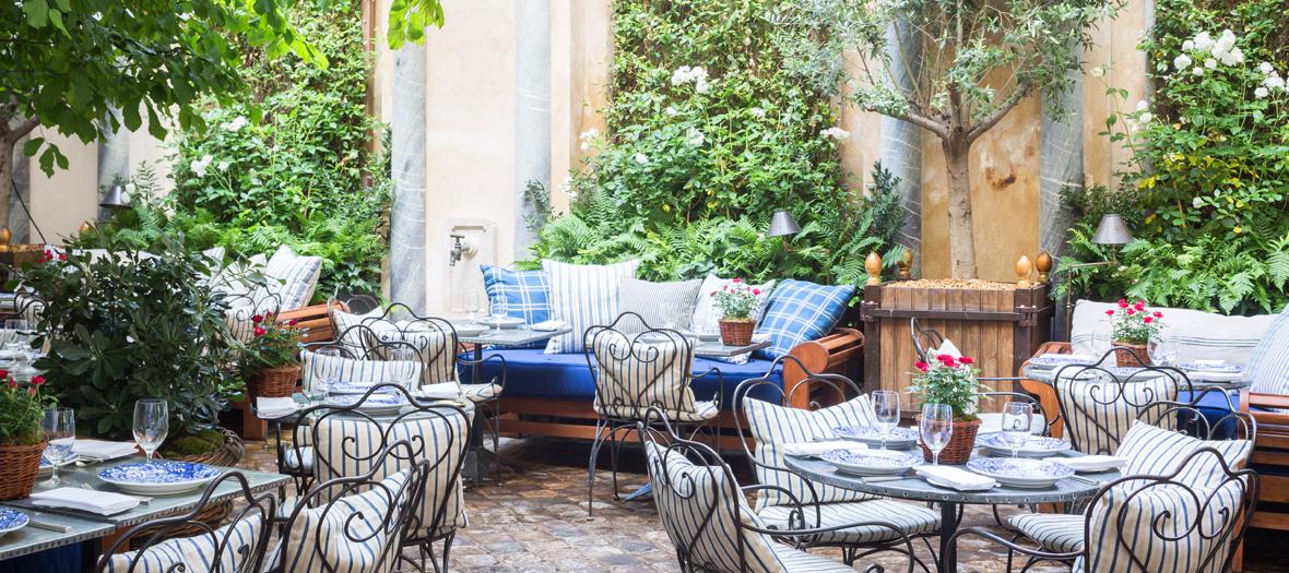 Restaurant terrace ralph's