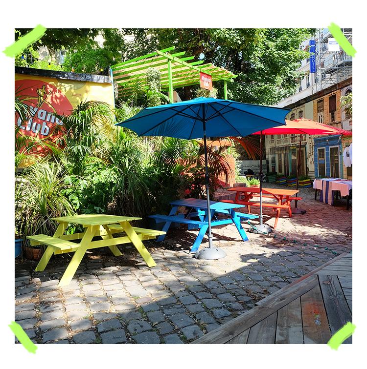 plaza havana club en outdoor