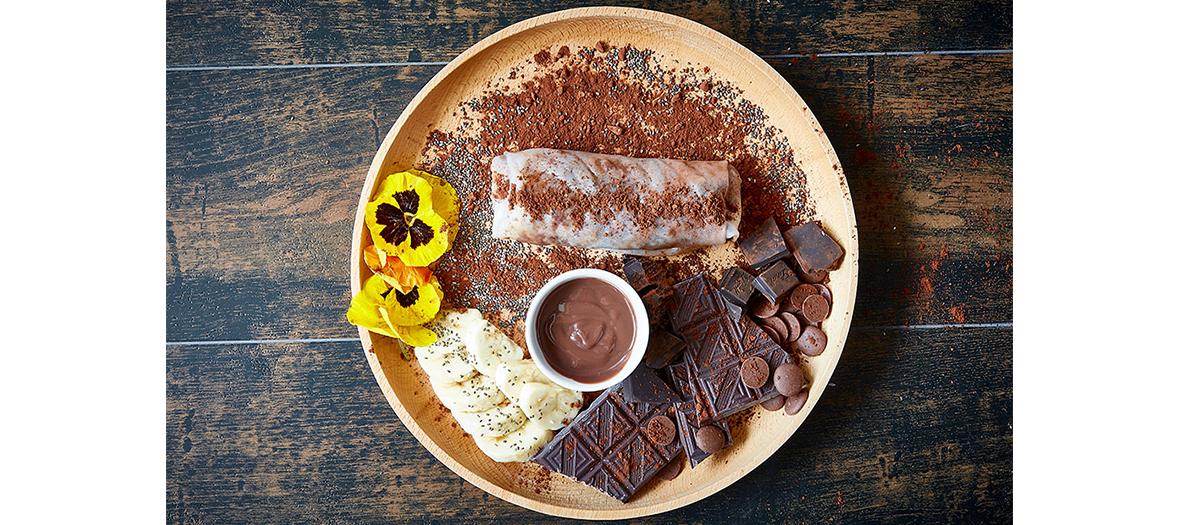 rouleau de printemps chocolat banane pour le dessert