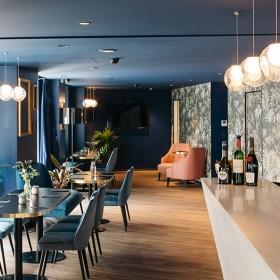 Le restaurant de l'Hôtel Beauchamps pres des Champs Elysées