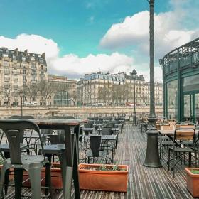 Terrasse du restaurant Le Grand Bleu