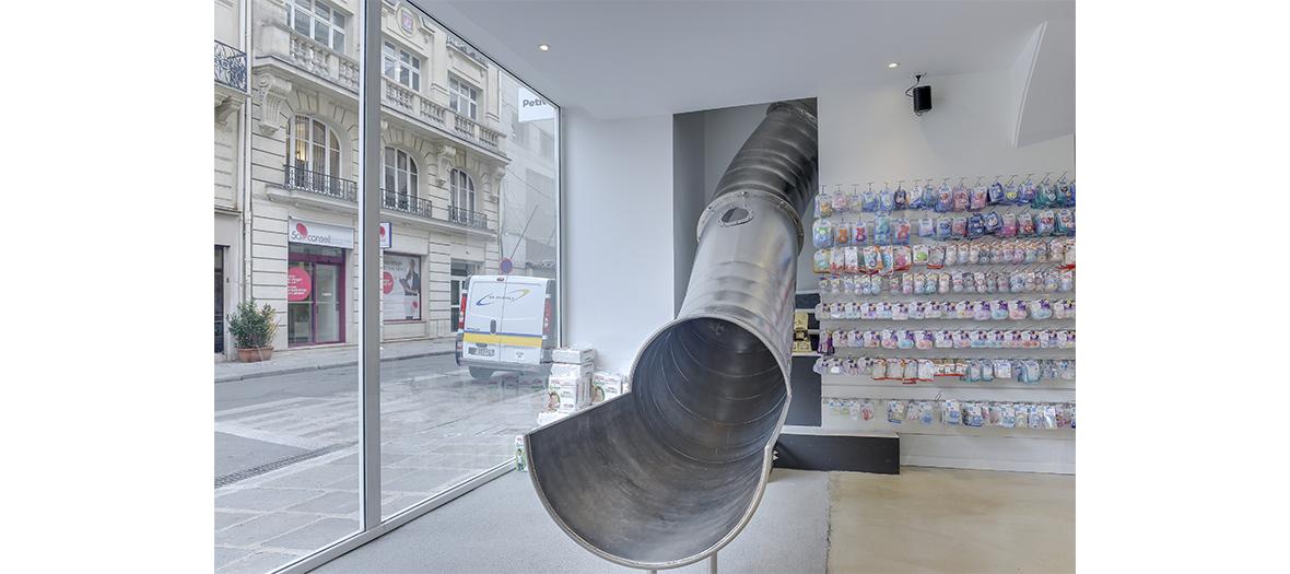 Toboggan a l'interieur du concept store le Petit Bailly