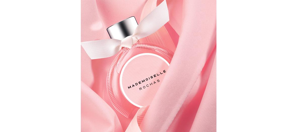 Flacon de l'eau de parfum Mademoiselle Rochas