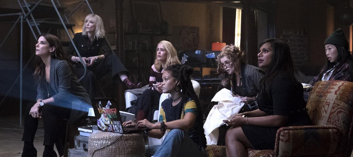 Extrait avec Awkwafina, Cate Blanchett, Helena Bonham Carter, Mindy Kaling, Rihanna, Sandra Bullock et Sarah Paulson