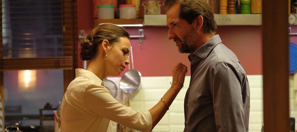 Extrait du film le Jeu avec Benerice Bejo et Stephane De Groodt