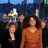 Gregory Montel, Camille Cottin, Liliane Rovere, Stefi Celma et Nicolas Maury dans la serie Dix pour cent