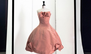 An « all-French» fashion exhibition at Palais Galliera