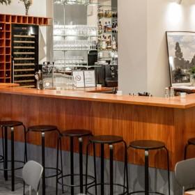 Bar et restaurant dans le 11e