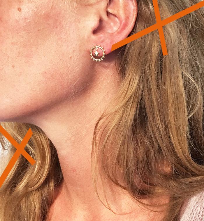 Boucles d'oreilles discrètes rondes avec une étoile