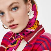 Mode pull et foulard pour le printemps