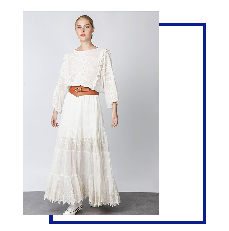 robe longue blanche brodée