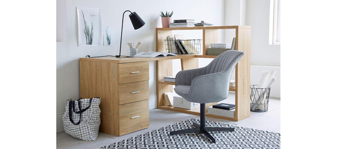 bureau avec bibliothèque et rangement