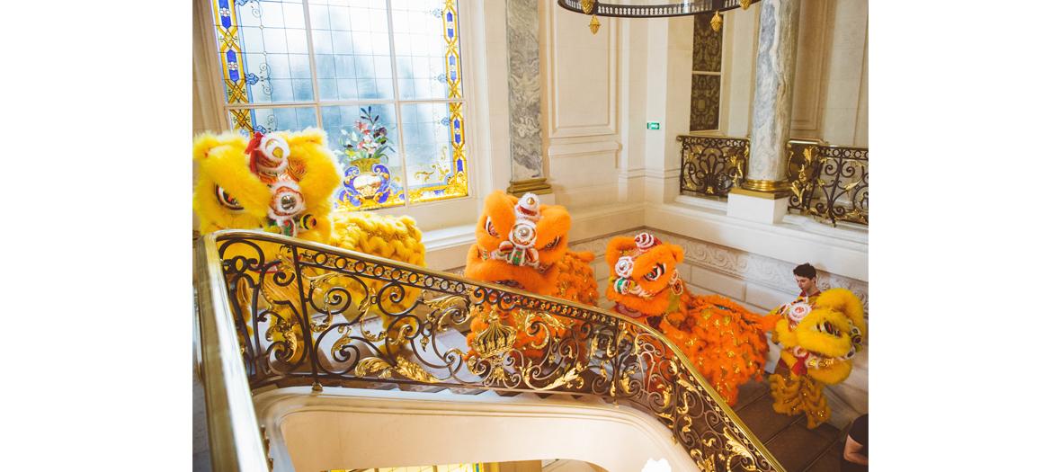 Dragons au nouvel an chinois au Shangri là à Paris