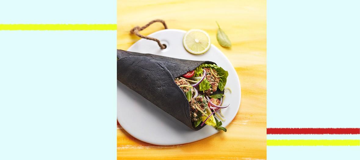 Le pitta, un sandwich méditerranéen diablement couture à base de haché de veau et d'aubergine de Juan Arbelaez