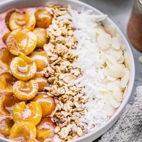 Recette smoothie bowl aux mirabelles et fraises