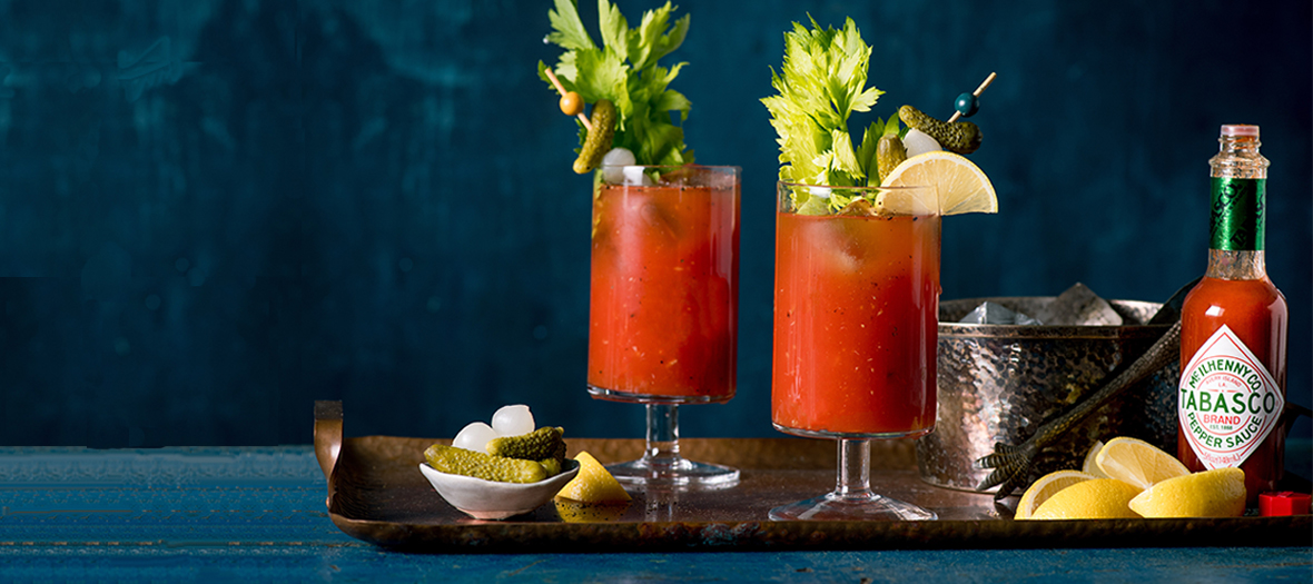 Recette du cocktail Bloody Mary avec sauce Tabasco, vodka et citron