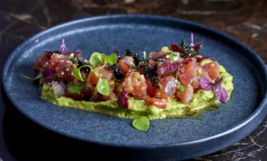 The red tuna tartare of the Drugstore