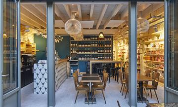 Terrasse ephemere de la librairie La Mouette Rieuse