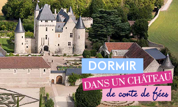 Escape to a château worthy of Queen Margot only 1h45 from Paris !