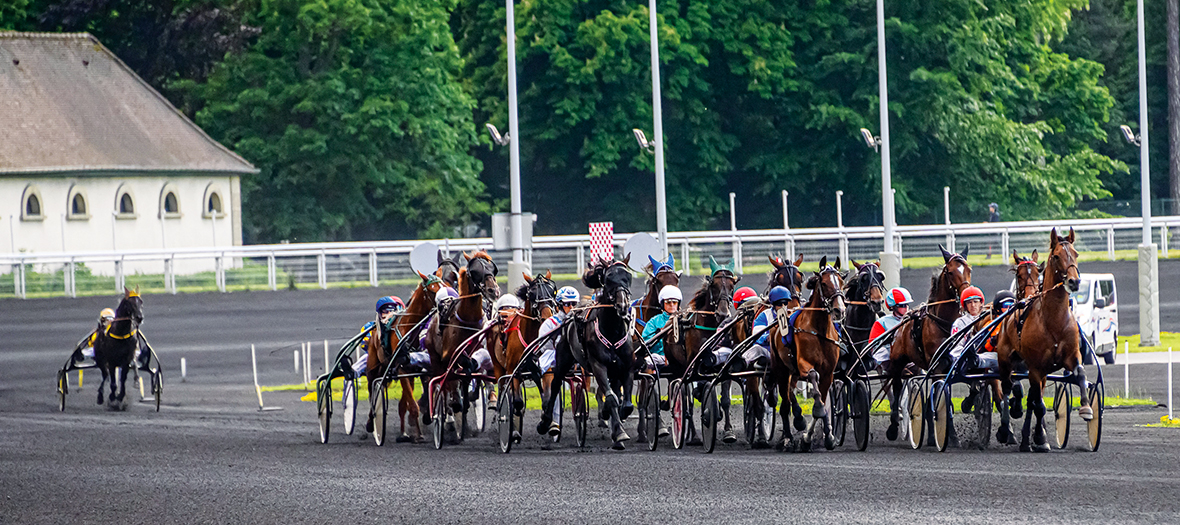 Horse race at the Hippodrome Paris-Vincennes