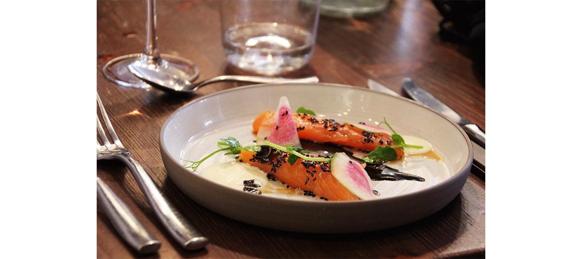 Salmon Filet Teriyaki of the restaurant L'Escient t in Paris