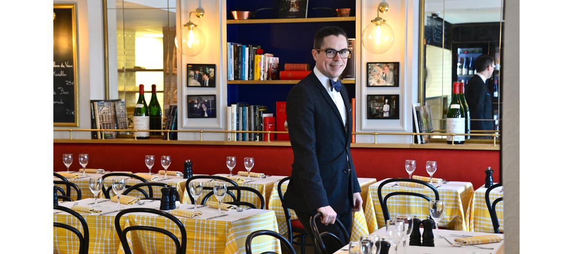 Dining room of la rotisserie d'argent in Paris