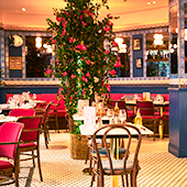 First restaurant of Charly and Victor in Paris