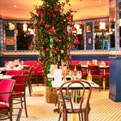Premier restaurant de Charly et Victor à Paris
