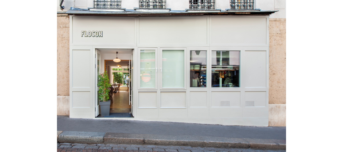 Front facade of the Flocon restaurant at Mouffetard street in Paris