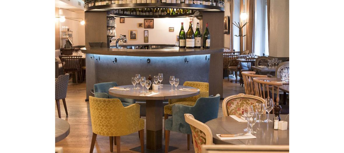 Salle de restaurant de la maison de l'Aubrac