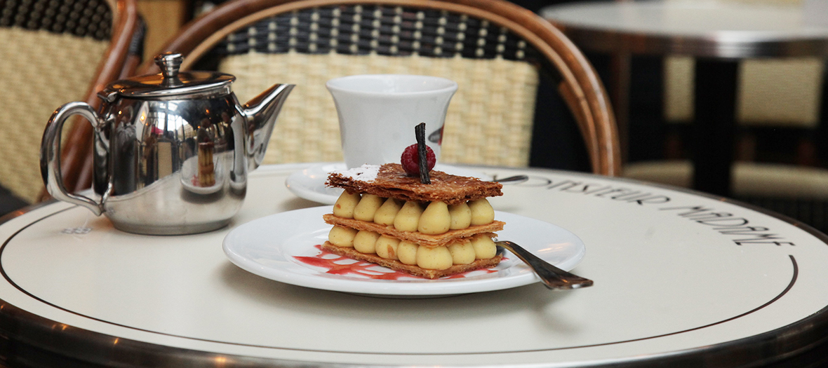 Millefeuille tea time outdoor from brasserie Monsieur Madame