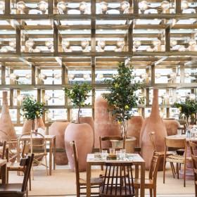 Dinning room of Café Citron in Paris