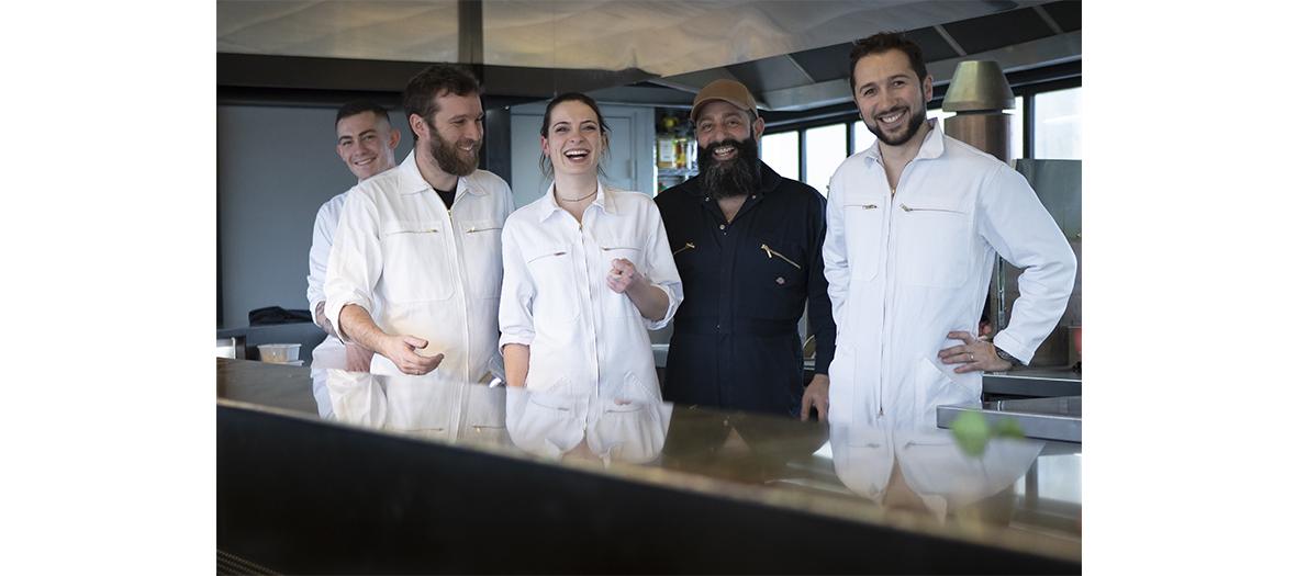 l'équipe du restaurant au__top