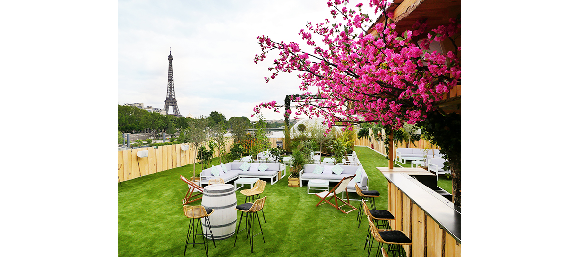 Rooftop with view of the Eiffel tower in Paris