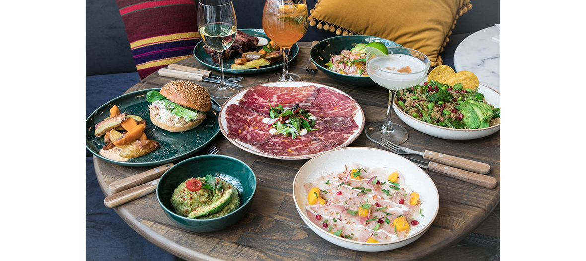 Tigermilks meals that includes Ceviche of haddock with with coconut milk and mango, the pollo burger with shredded chicken, veggie tacos with sweet potato, the Margarita and the Pisco Sour flow