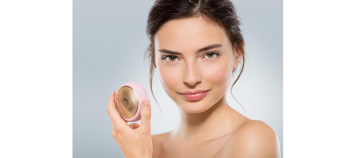 masques en tissu enrichie en acide hyaluronique