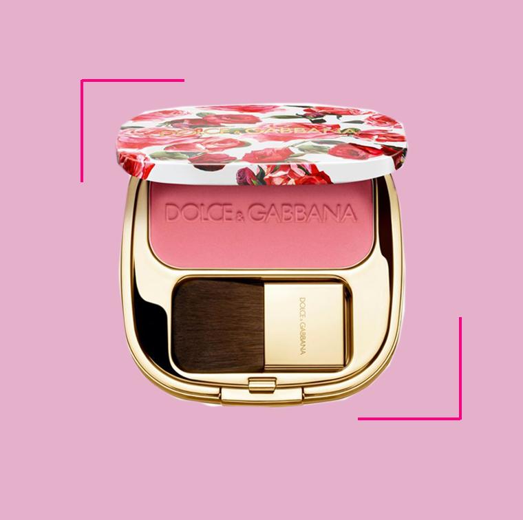 La Poudre blush of roses de 12 teintes Dolce & Gabbana à 56 €