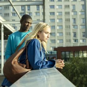 Les acteurs Chloé Jouannet, Jammet Diangana du film Banlieusards de Kerry James