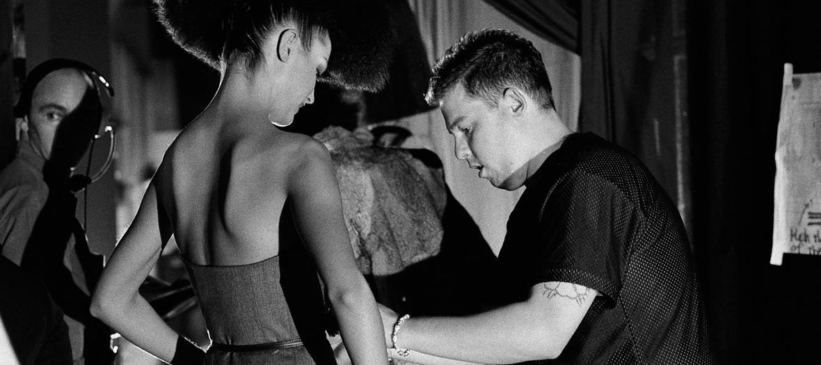 Abus sexuels et violences conjugales de Alexander McQueen